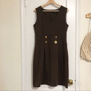 Nine West brown fitted sleeveless dress M